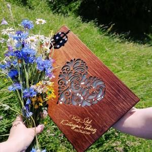 Wszystkim dużo miłości ❤️💓💕💓❣️❤️💕#wdniuślubu #albumzezdjeciem #albumrodzinny #prezentnaurodziny #albumzgrawerem #artkey