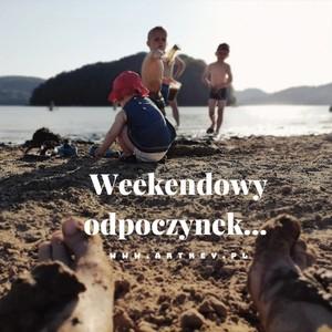 Chłodnego popołudnia od rodzinki art-key #albumzgrawerem #drewnianyalbum #artkey #woodenpendrive #woodenalbum #fotografia #instagram #ekipa #dziendziecka #mamwpracy #weekend